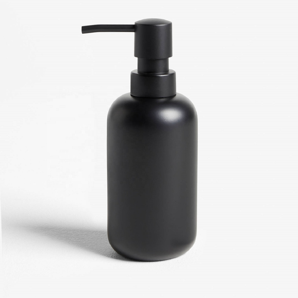 Resin Materials with Hand-Paint Matt Black Color Bathroom Accessories Set For Hotel or Home