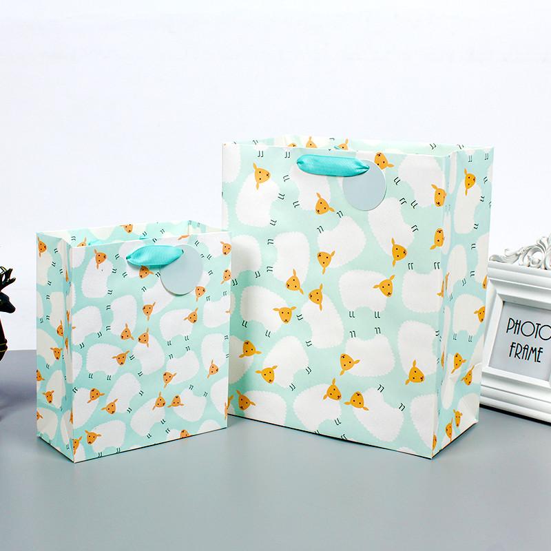 Customized Logo Printed Cardboard Art Gift Shopping Paper Bag