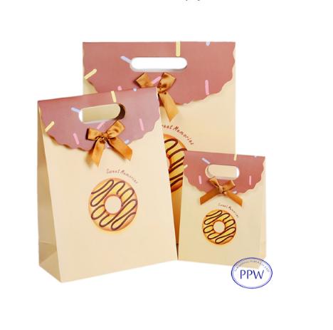 Eco-friendly Die Cut Paper Bags Foldover Bag For Kids Of Doughnut Design