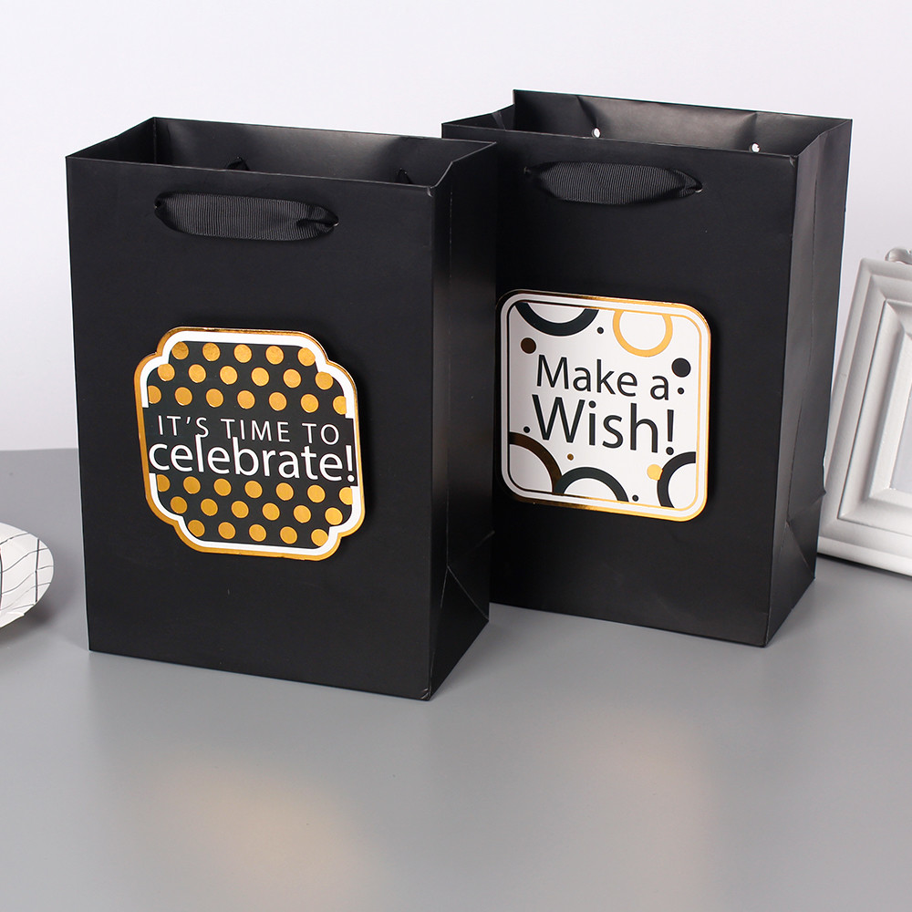Hot Selling Black Paper Bag WIth 3D Tip On With Gold Foil Hot Stamping Accept Customized
