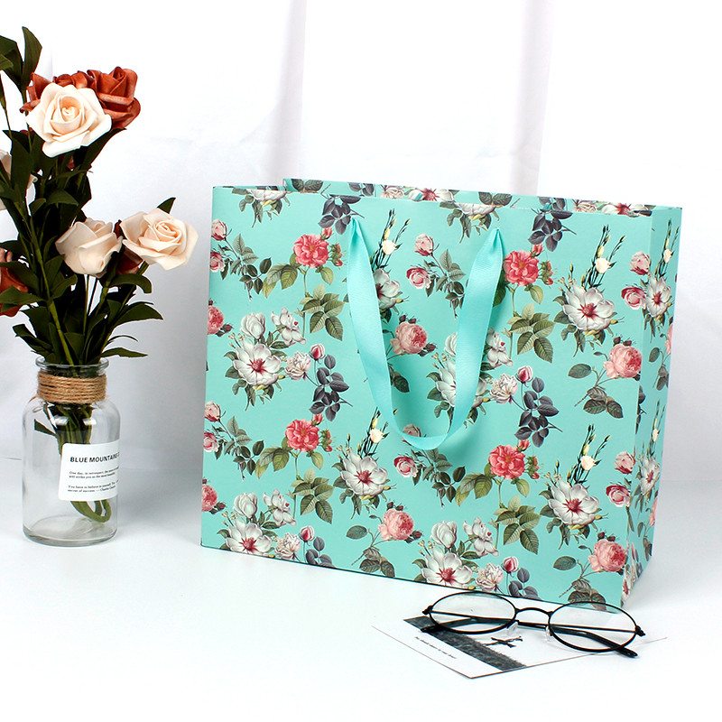 Wholesale Korea Style Paper Bag With Wide Base,Shopping Paper Gift Bag