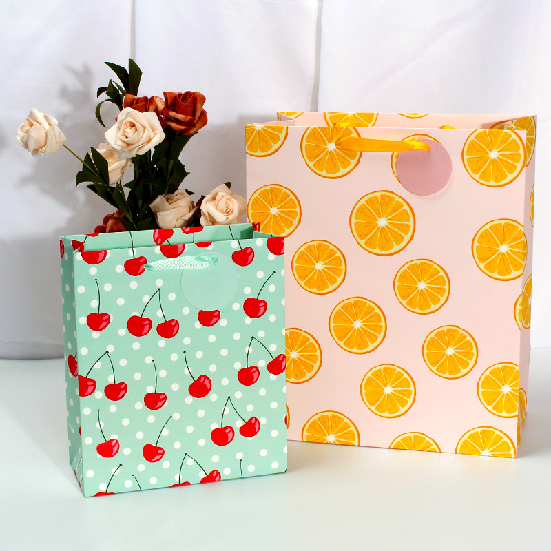 Wholesale Gift Luxury Paper Bag With UV SPOT All Over Four Sides Of Fresh Fruit Design