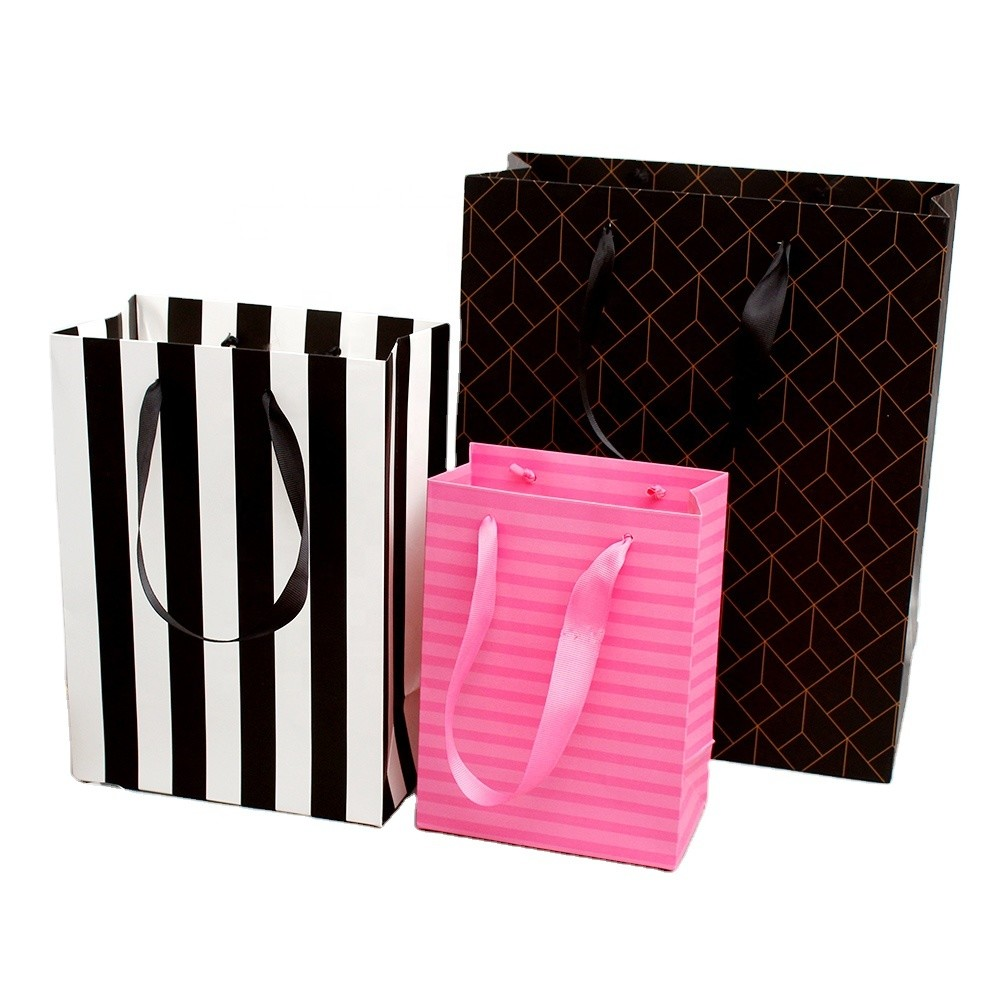 Wholesale Package Paper Bag With Matt Foil lamination, Daily Paper Bag With Handles