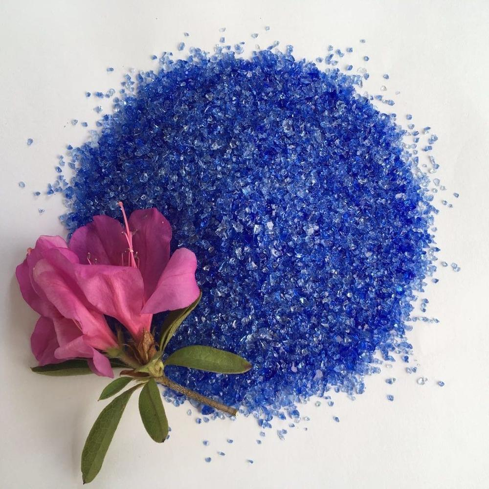 Wholesale Blue Crushed Glass Chips and Rocks for Outdoor Decoration Fireplace Gems