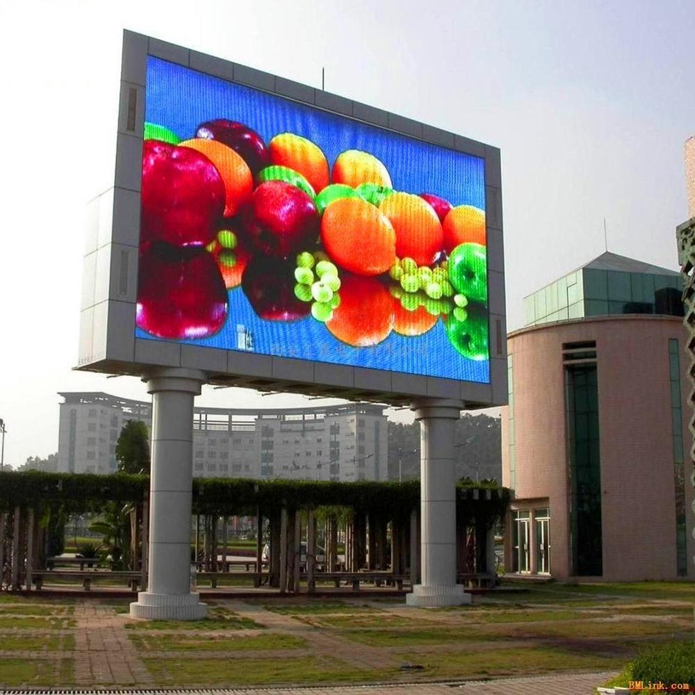 Outdoor digital commercial advertising Led billboard poles for sale