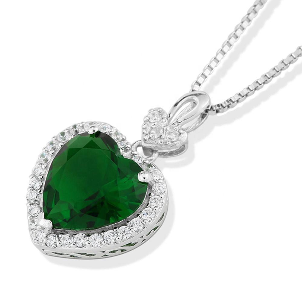 Simple Heart-Shaped Shiny Green Gemstone Pendant