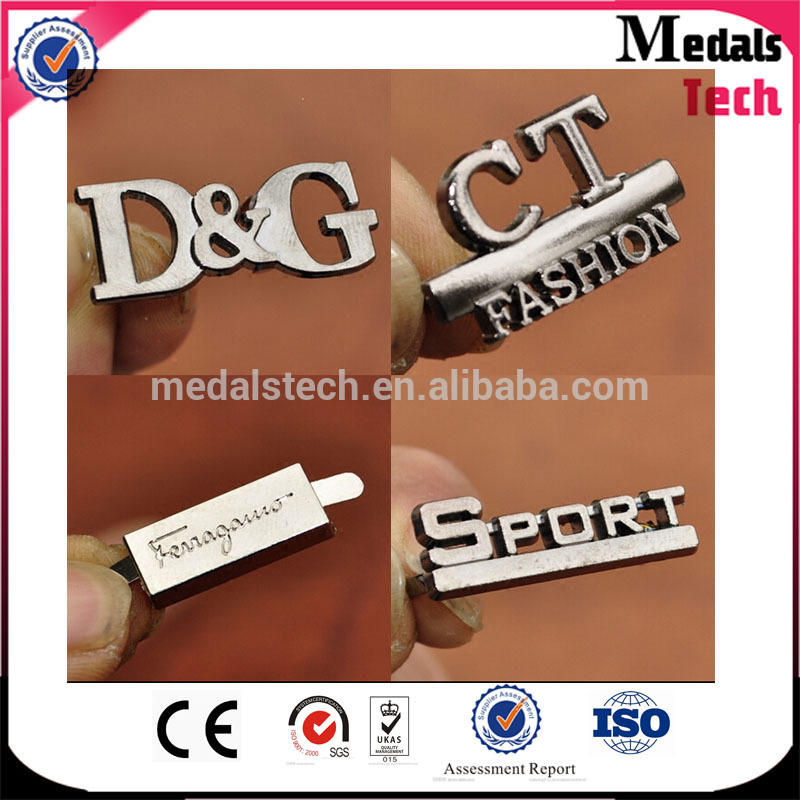 Fashion custom round cut out matt silver brand bag logo metal hang tag