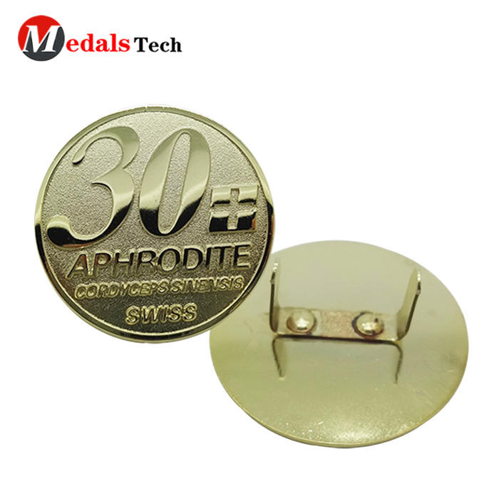 Customized shiny real sandblasting gold metal logo badge nameplate with accessories