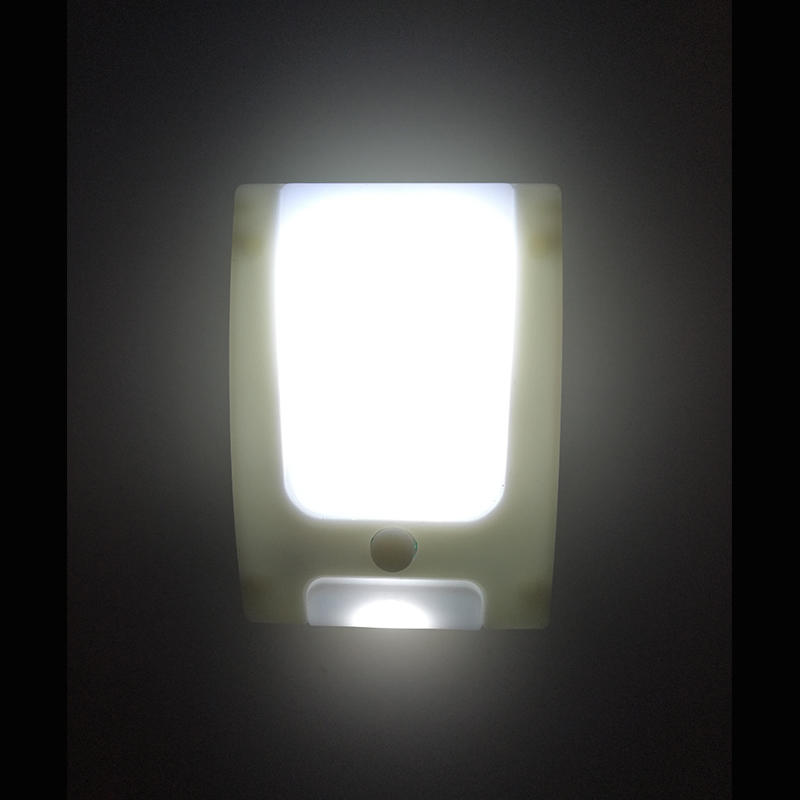 OEM A60 plug in with dusk to dawn sensor led mini night light for kids baby room