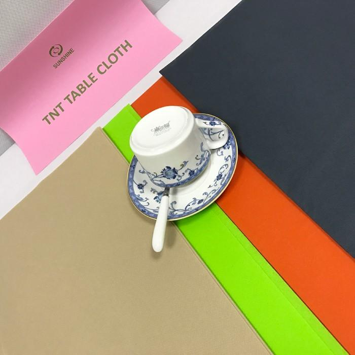 Factory supply Colorful TNT Non Woven Table Cloth