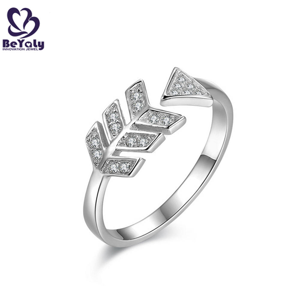 Fashion Oval Shaped Mens Ring Adjuster Size , 925 Sterling Silver Engagement Ring Diamond