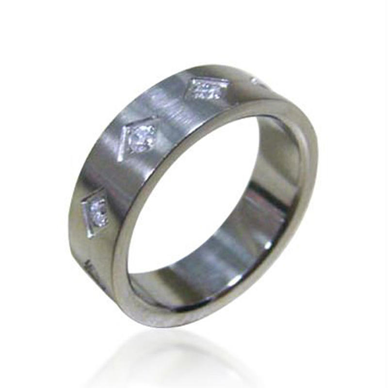 Elegant Silver 316L Stainless Steel Personalized Cz Ring Man