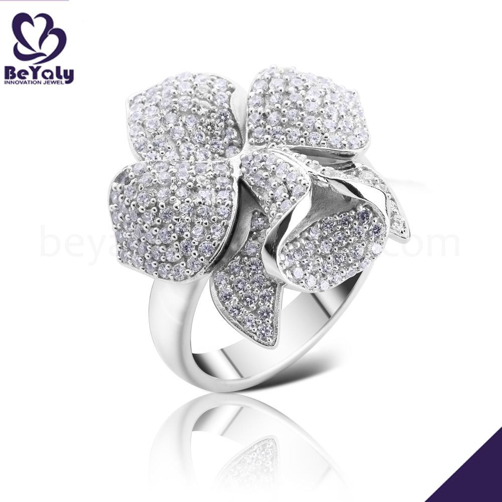Gorgeous cubic zircon flower cluster design women finger rings