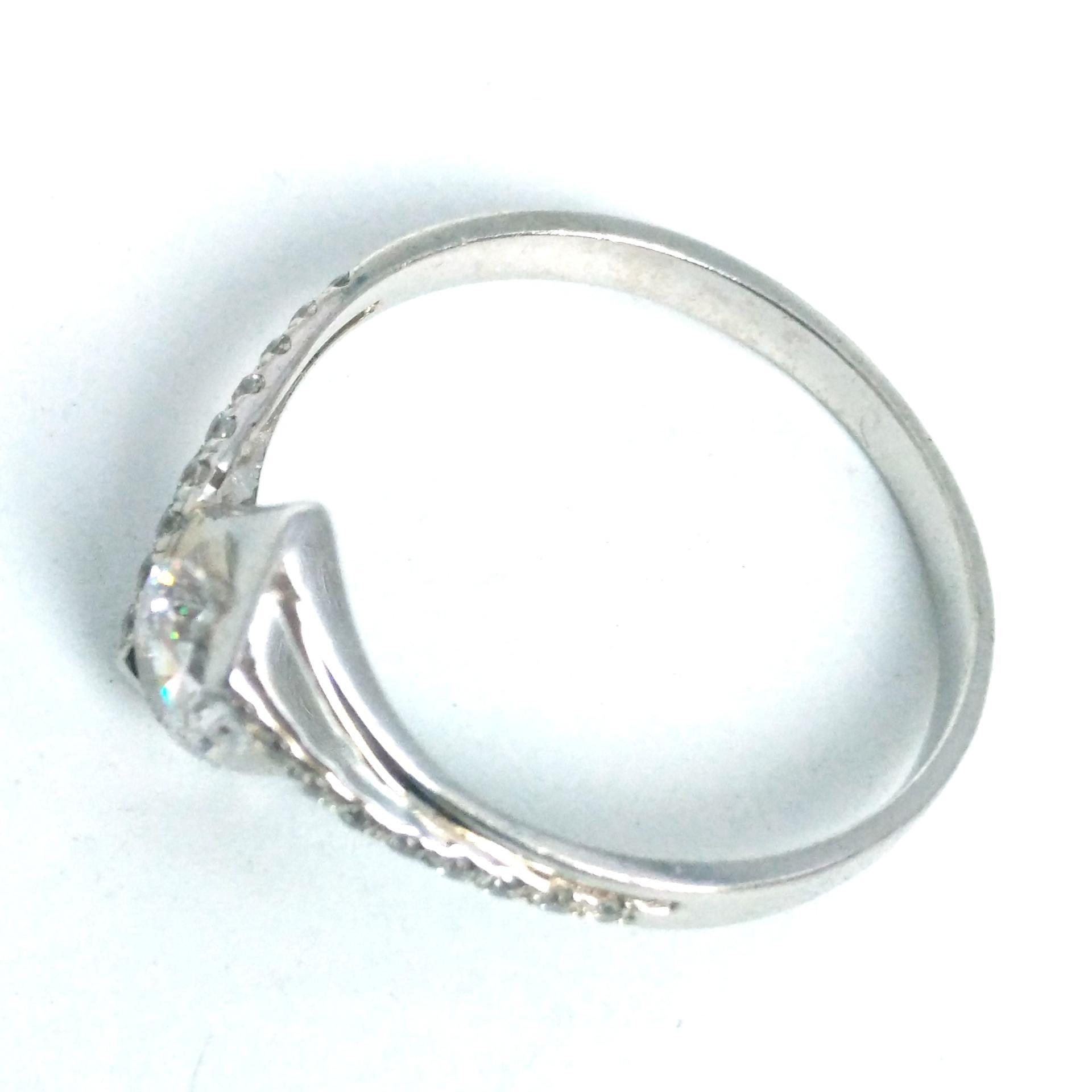 Trendy Rhombus Design Silver AAA Cubic Zircon Moissanite Ring Promise