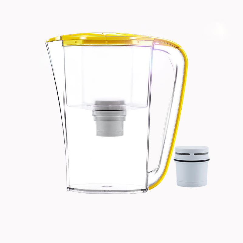 Low Price Portable Water Filter Jug with activated carbon