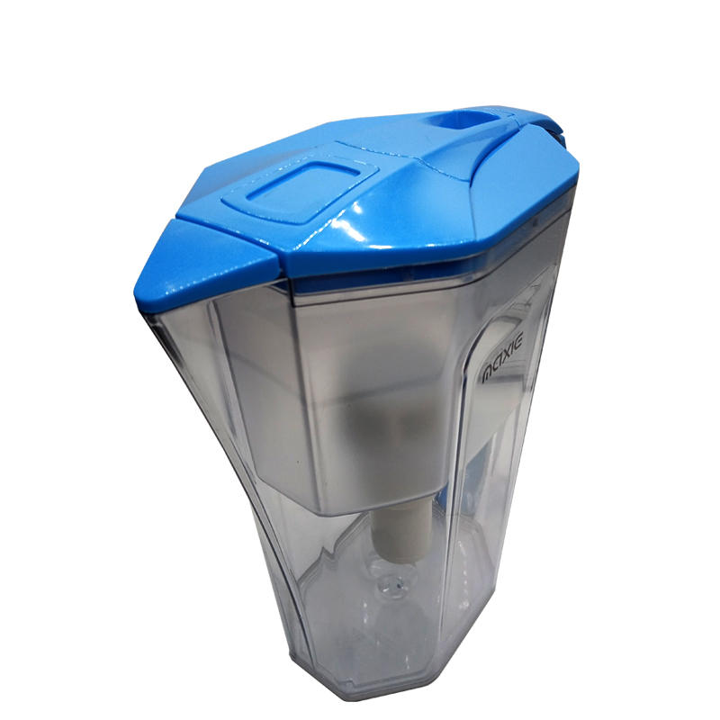 High-end home and office water filter pitcher with uf membrane
