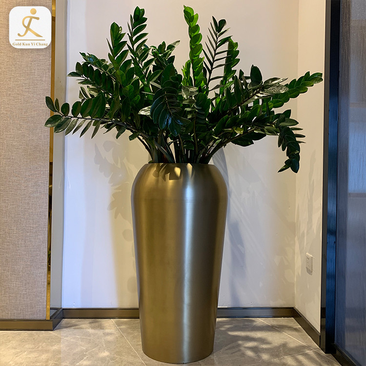 Customized variety of metal stainless steeland color floor vases brass cylindrical steel large decorative