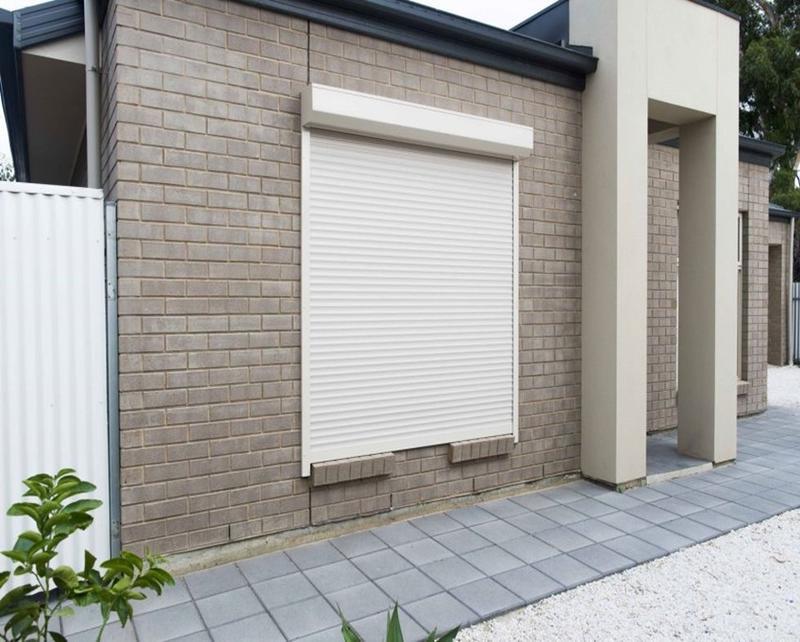 White 1600mmW*1000mmH 45mm Width Of The Slat Vertical Thermal Insulation Aluminum Roller Shutter Window