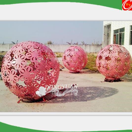 Wholesale Large Metal Red Flowers Balls ,Metal Garden Sculpture for Artwork