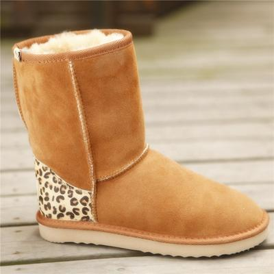 HQB-WS050 OEM customized premium quality winter thermal fashion style genuine sheepskin snow boots for women