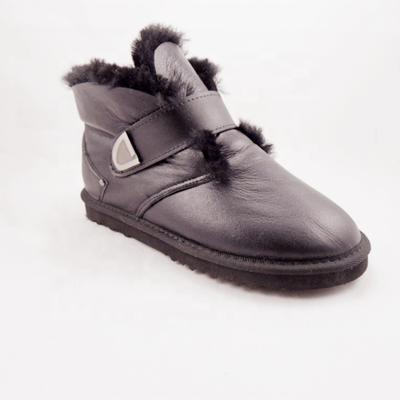 HQB-WS200 OEM/ODM customized high quality winter thermal fashion style genuine sheepskin snow boots for woman