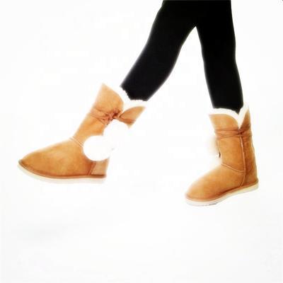 HQB-WS093 OEM customized premium quality winter thermal fashion style genuine sheepskin boots for women