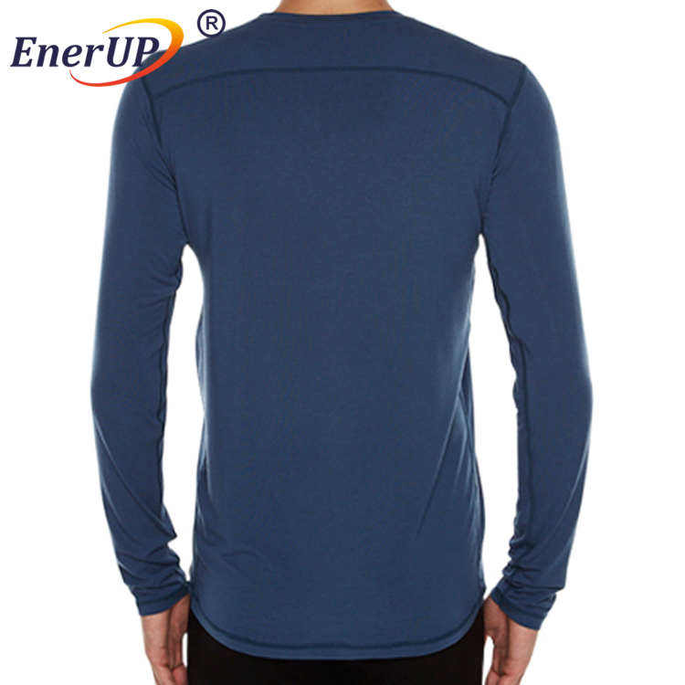 Men's 1/4-Zip Base Layer Top With Thumb Hole