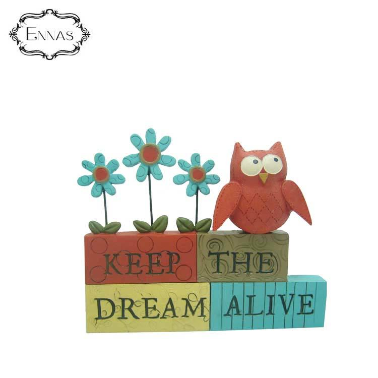 Red Owl Figure on the 'keep Dream Alive' Blocks Office Decorations Animal Crafts