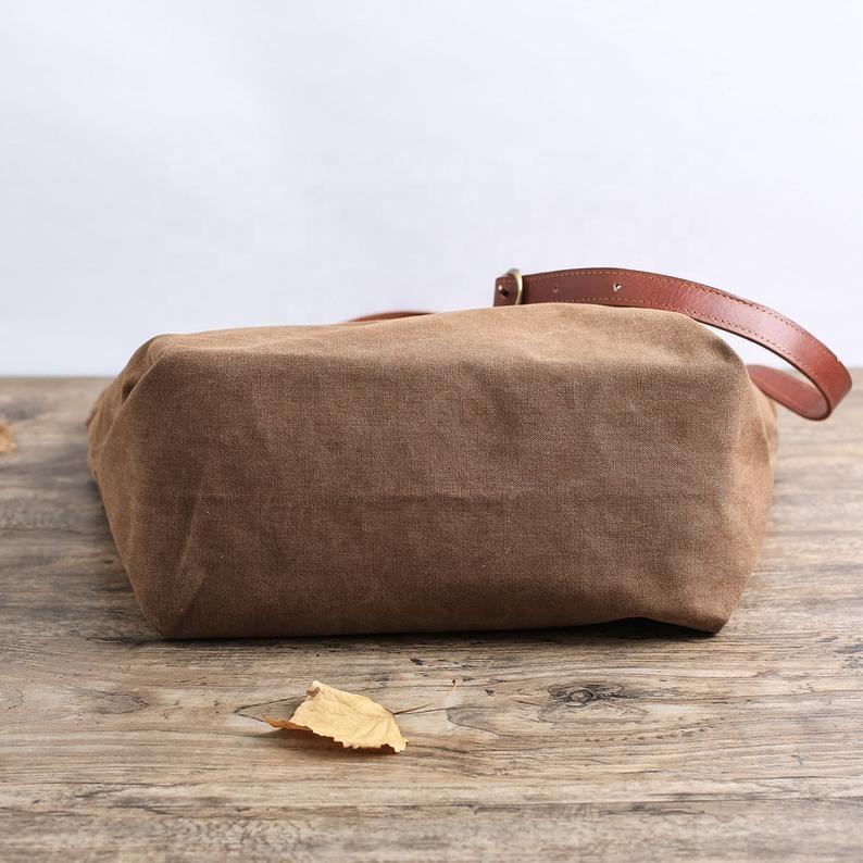 Vintage Style Waxed Canvas Shoulder Bag Men Waterproof Crossbody Bag Canvas Messenger Bags for Men