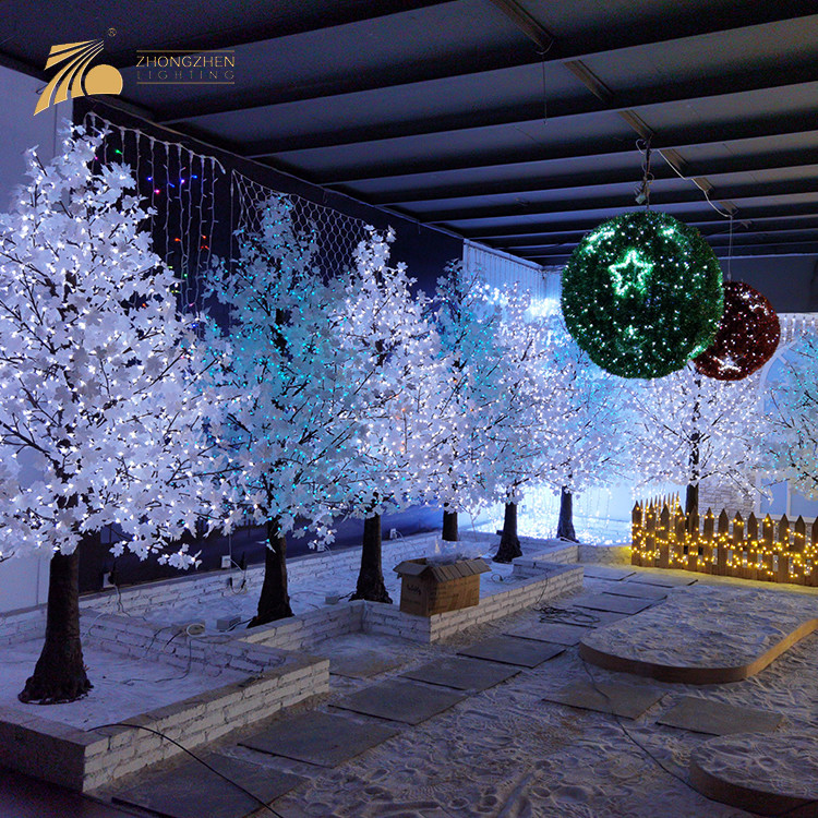 Factory Customization 220V Resin Copper Wire Artificial Outdoor Palm LED Trees Light