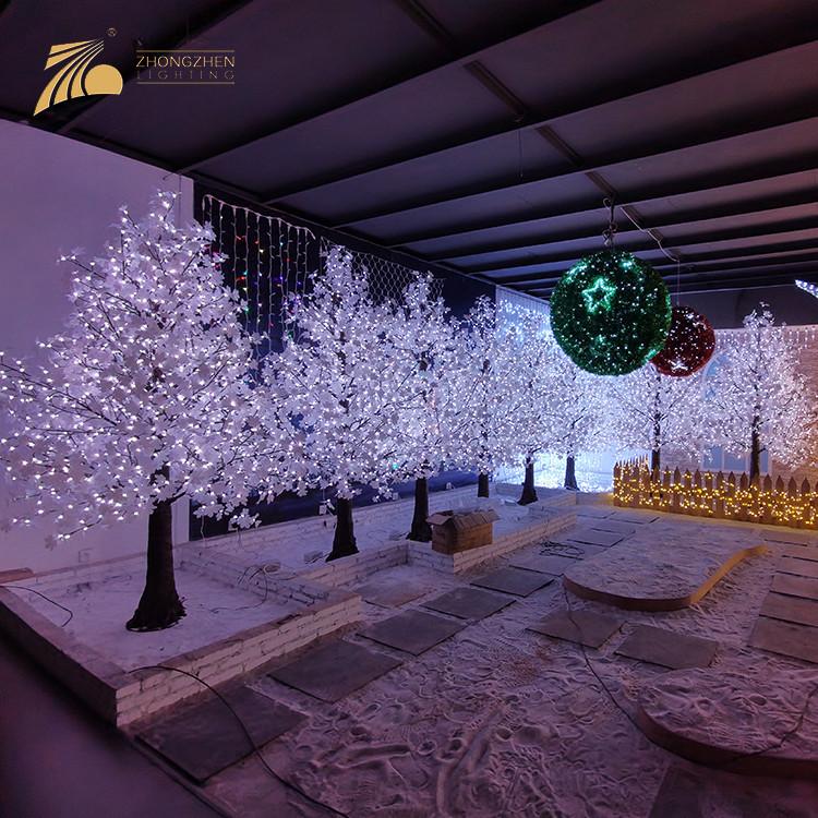 Good Quality Custom Square Mall Decoration Artificial Pine Shape Maple LED Tree Lamp