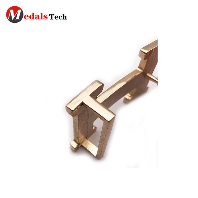 High quality letter shape gold die casting bagbelt buckles
