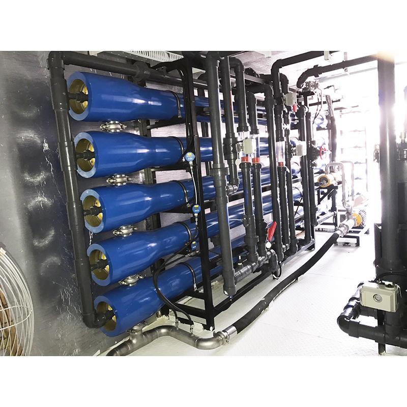 Automatic small capacity seawater desalination plant