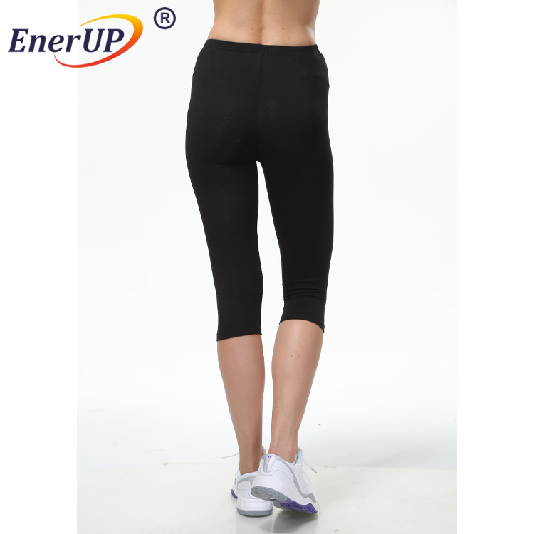 High Quality Free Sample Sexy Women Slim Fit 3/4 Short Pants For Yoga