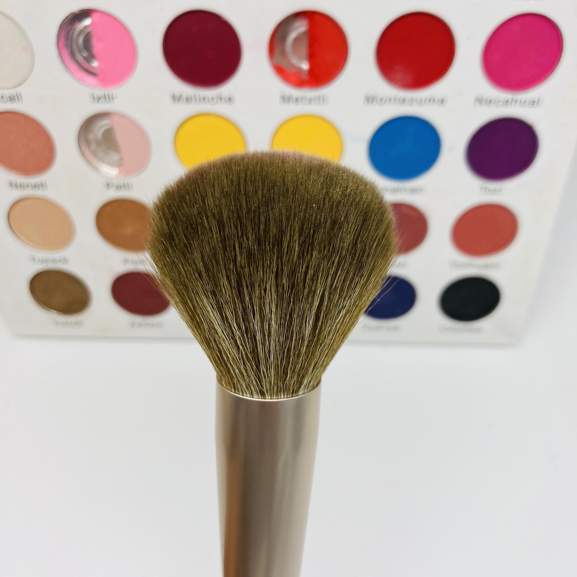 Makeup blending brush ultra-soft loose powder brush premium synthetic cashmere natural hair makeup brush