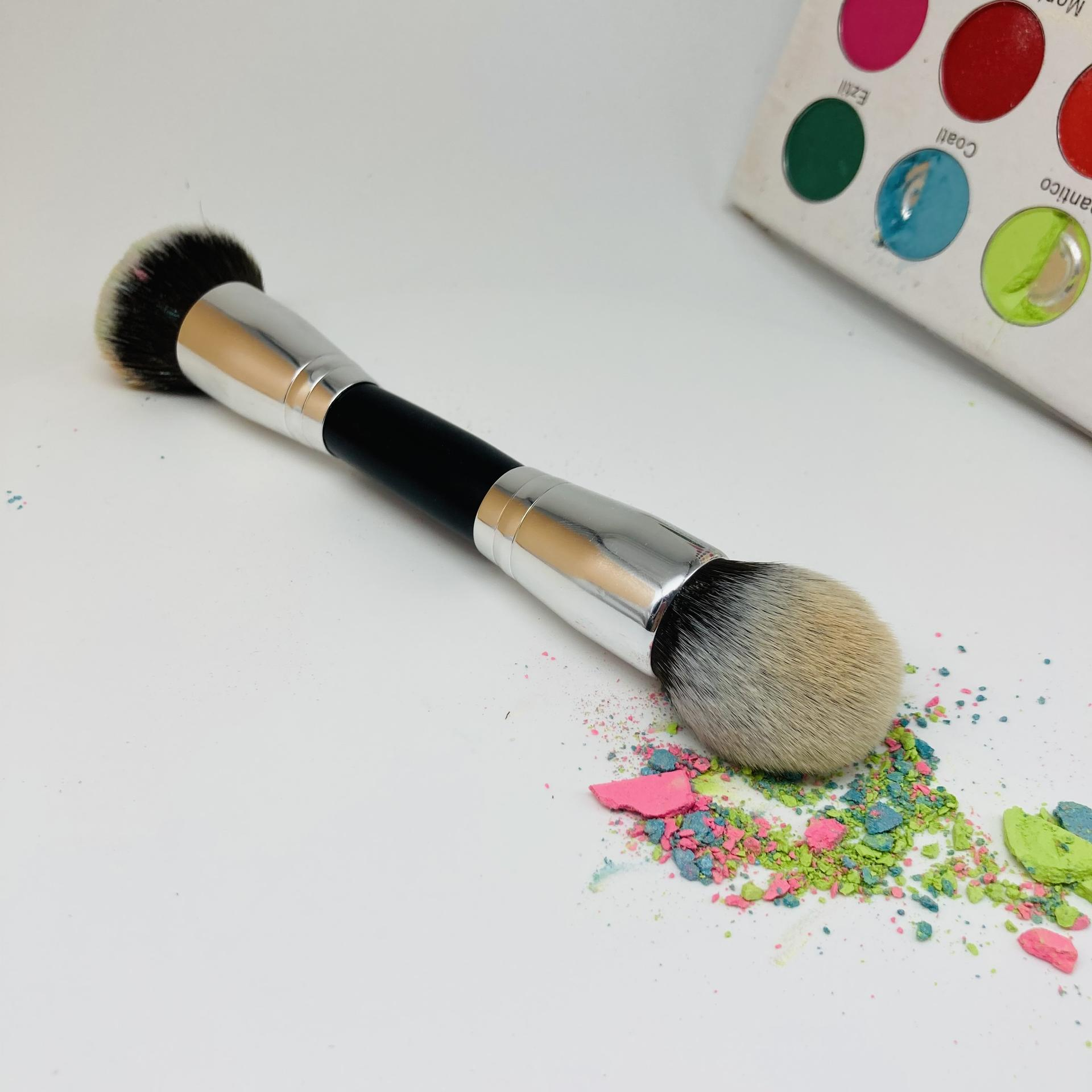 Synthetic hair private label beauty tools accessories petal shape foundation makeup kabuki brush