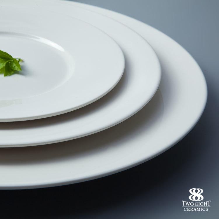 Wholesale porcelain dinnerware super white crockery flat plate good quality round ceramic dish plate