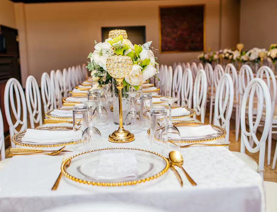 Wholesale Wedding Party Glass Charger Plates 8.25 Inch Gold Beaded Dinner Serving Plates for Banquet