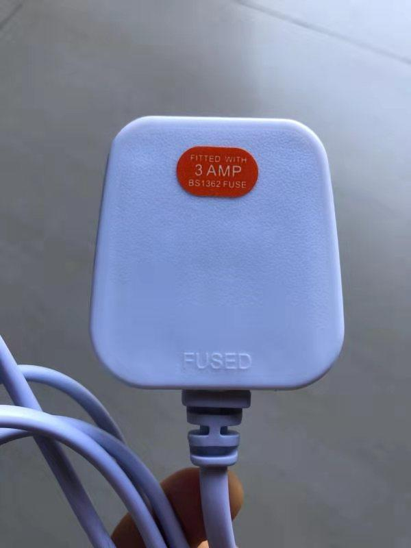 E14 220V UK plug BS Rohs0.75 mm 3 pin dimmer gear incandescent bulb iron slip plastic pad 1.5m cable Himalaya salt lamp shade