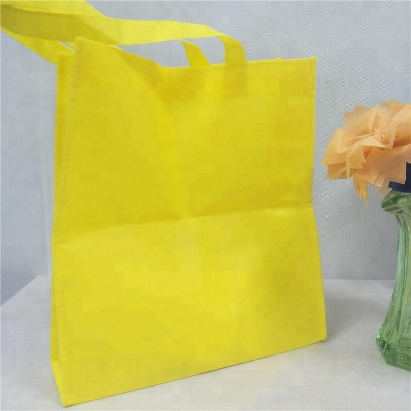 100% PP China Manufacture Biodegradable Nonwoven Customized Logo Handle Bag