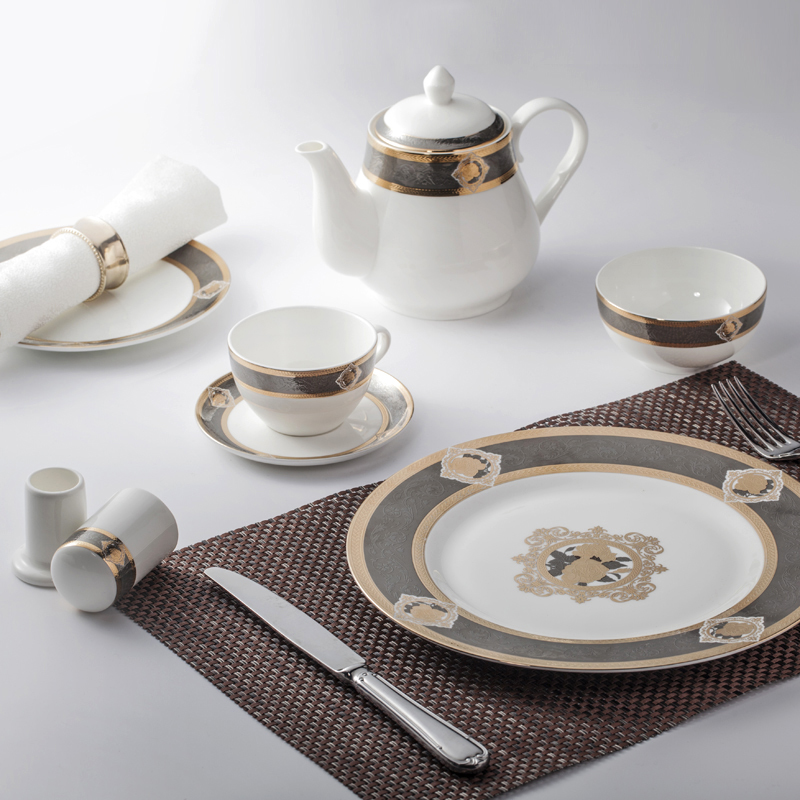 New Embossed Gold Charger Dinner Set Crockery On Dubai Market, Crockery Tableware Decal Dinner Sets#