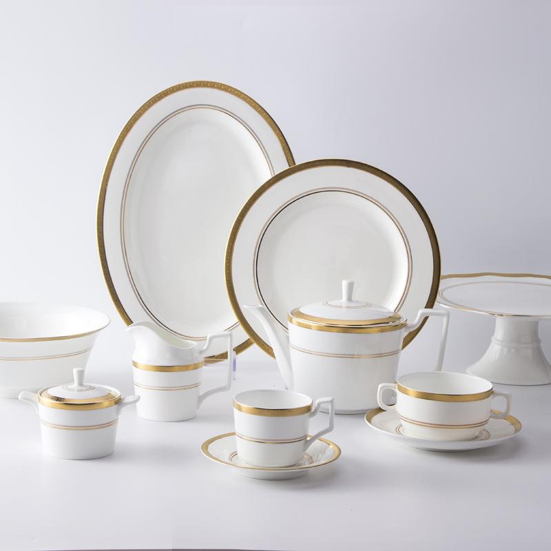 Best Seller Unique Fine Bone China Hotel Use Ceramic Ware Dinnerware Sets, Gold Rim Tableware Set For Hotel Banquest Plates^