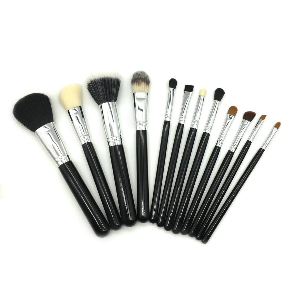 Foundation Eyelash Professional Eyeliner Belt Crown 12 Piece Makeup Brush Set