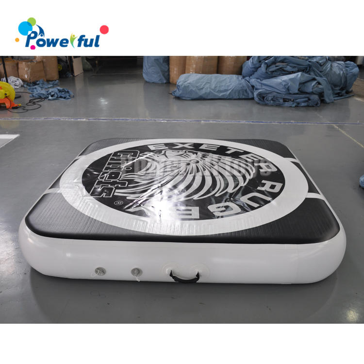Black 0.3m thickness inflatable tumbling air mat for landing