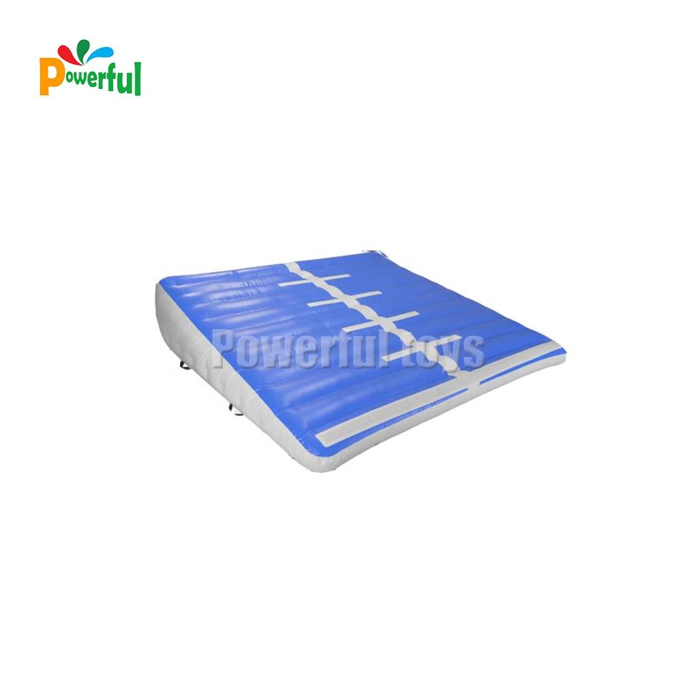 Inflatable landing air ramp incline mat for gymnastics