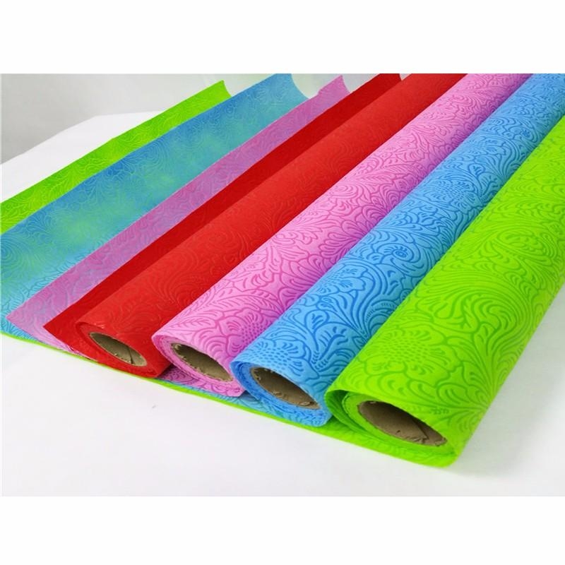 Colorful non woven packing giftFabric flowers