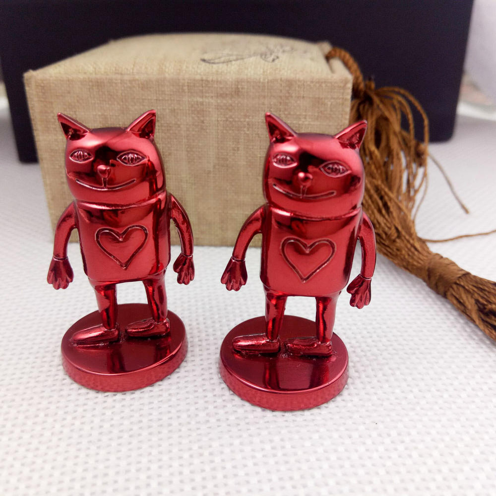 Red plating metal promotional cute action figures for games and movies