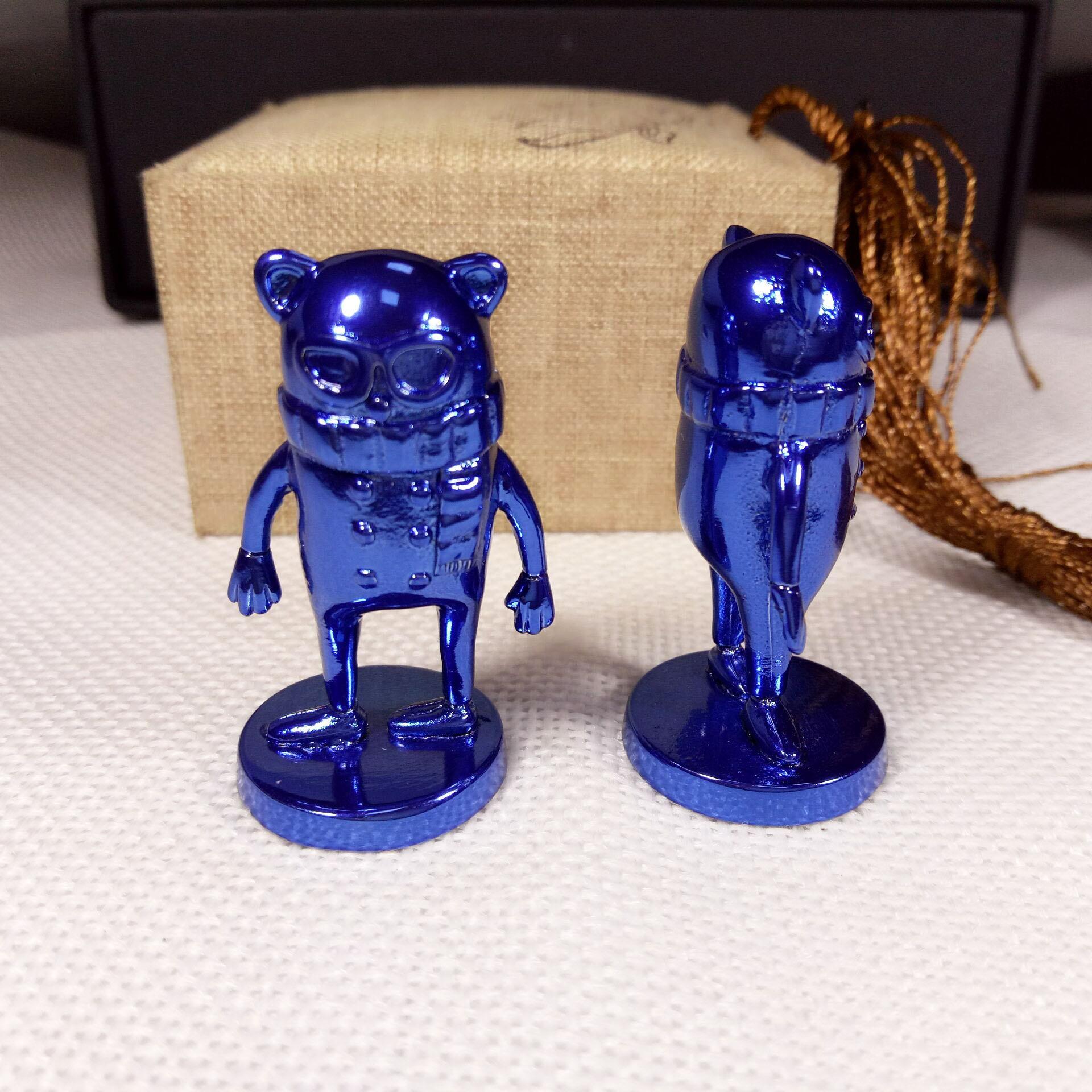 Hot sale zinc alloy custom metal blue plated 3d cartoon figures sculpture for souvenir