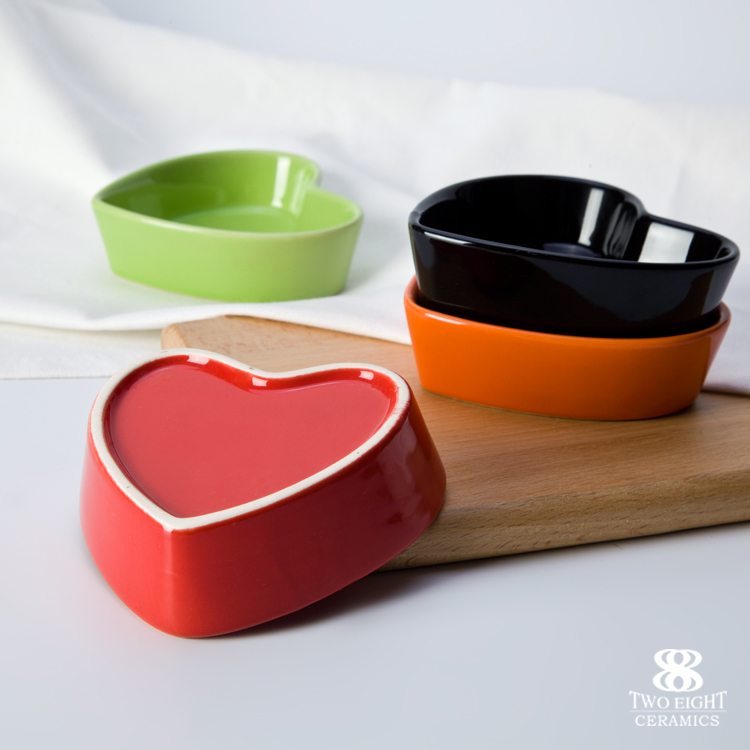 FDA LFGB Certificate Restaurant Heart Shape Dinner Set, Hotel Customized Heart Bowl, Ceramic Heart Shape Dish