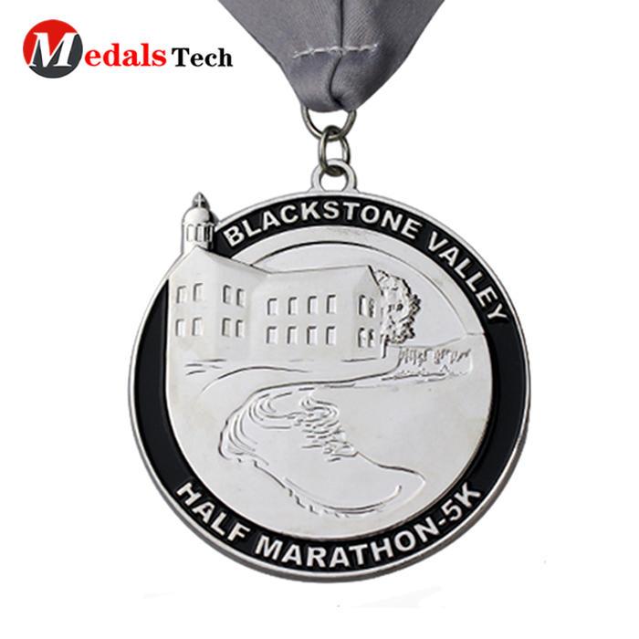 China manufacturer custom marathon running matt silver plating custom die cast medal with color
